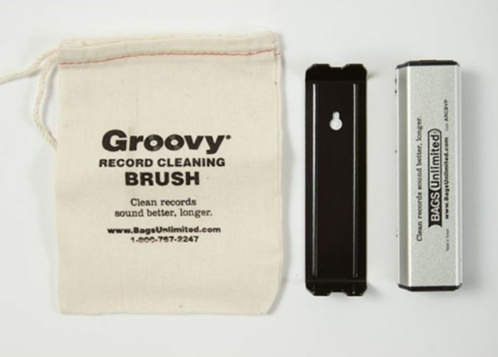 Record Cleaning Carbon Fiber Brush/Velvet Pad